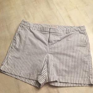 📦5/$20📦Merona gray striped shorts size 12. EUC
